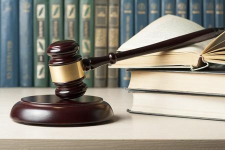 שירותי ייעוץ משפטי לחברי הלשכה